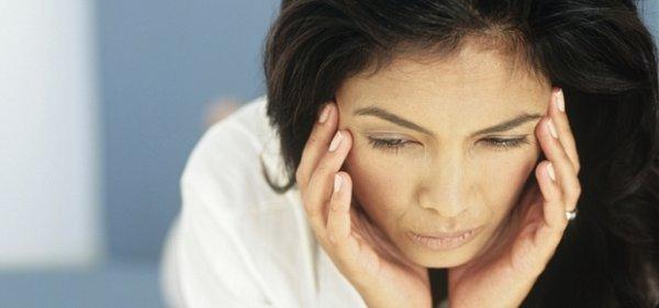 головная боль во время месячных